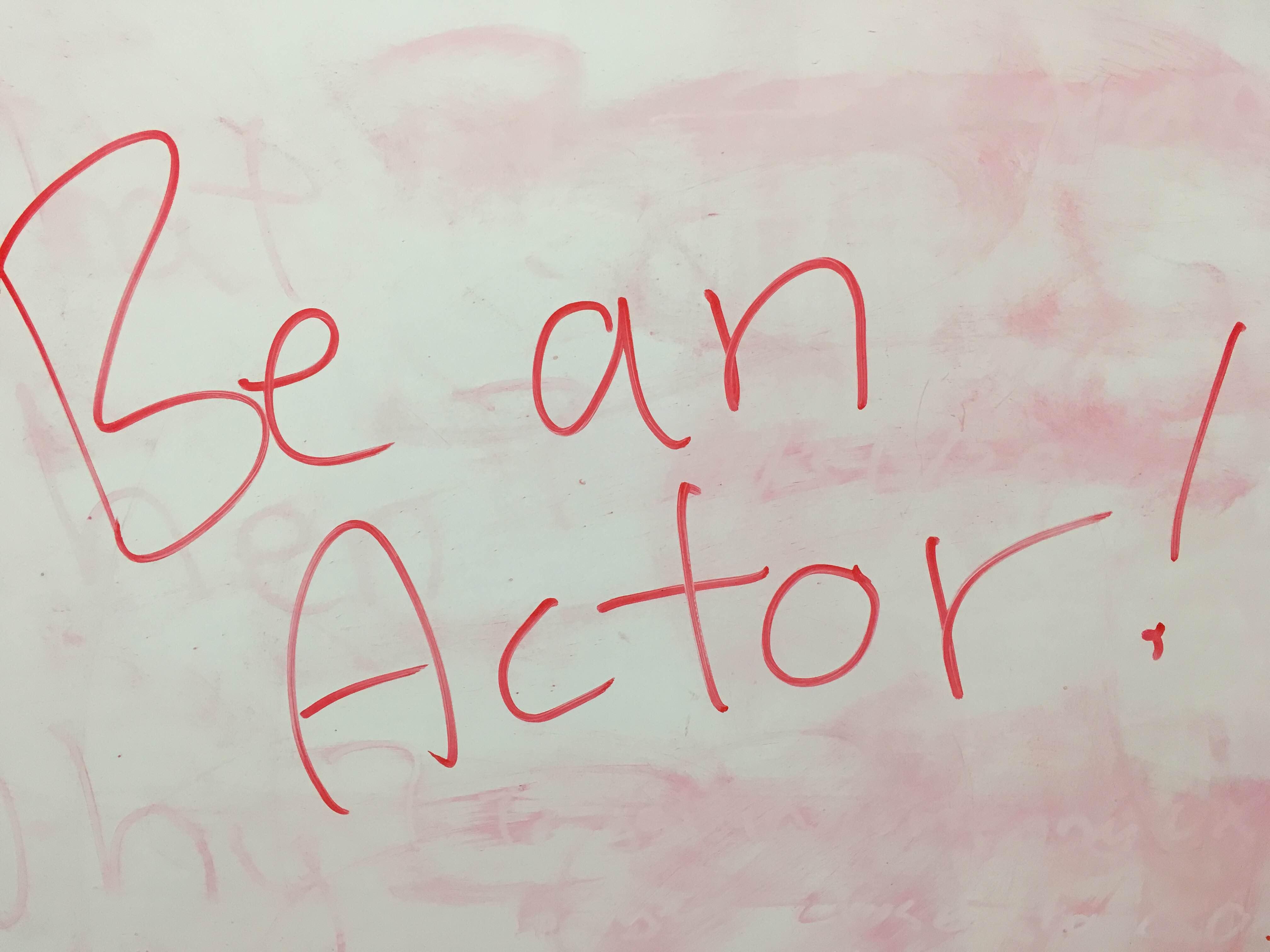【動画】役者になる。成りきることで英語を流暢に使いこなす。